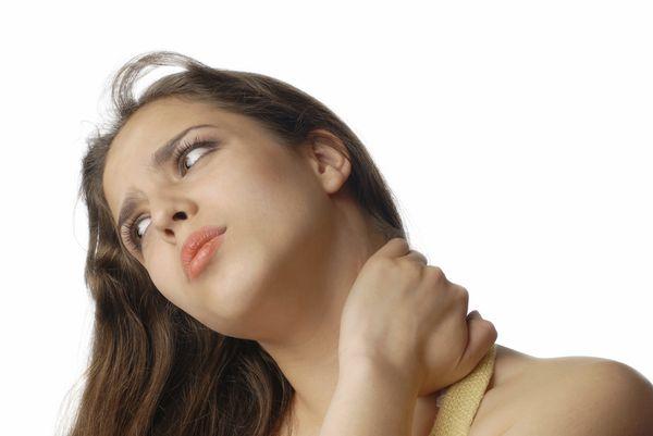 肩こりが辛い。。ストレッチで痛みを少しでも和らげれます!